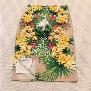 XOXO tropical pencil skirt. Size L